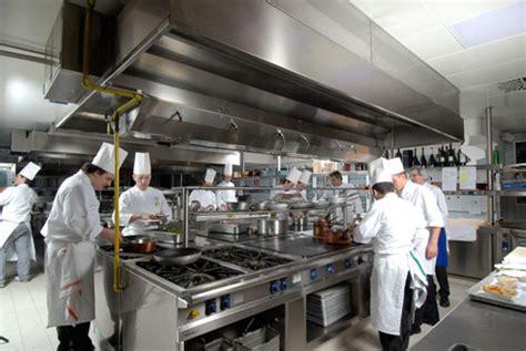 cucine ristorante le brasiere professionali e i diversi metodi di cottura