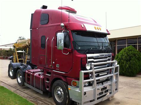 freightliner argosy sn  trucking supplies