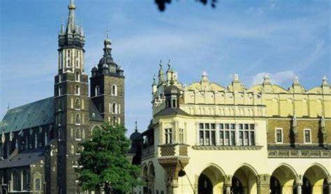 2012 russia a valanga 4 1 sulla repubblica la polonia fa il tifo per la nazionale repubblica it