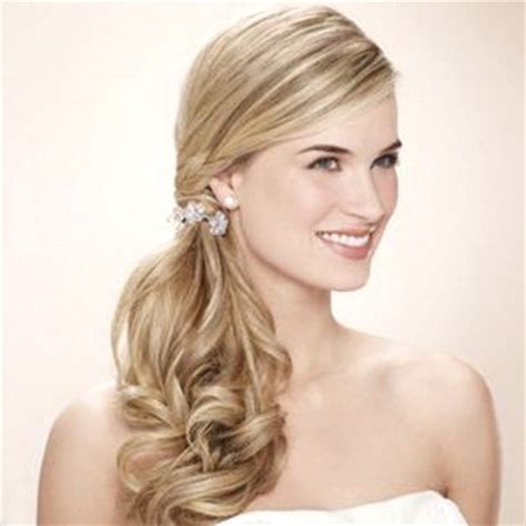 trendy side ponytail hairstyles