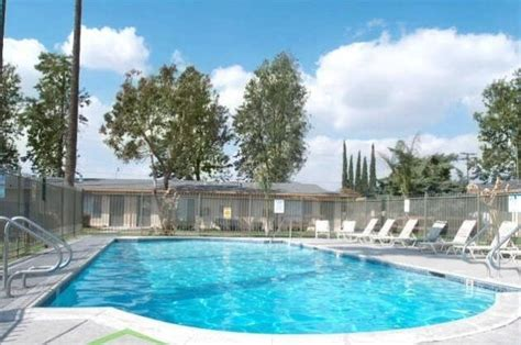Garden Pool Apartments by Garden Estate Apartments Rentals Jurupa Valley Ca