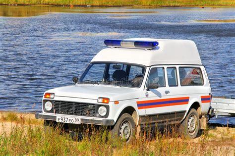 lada emergenza prezzo lada niva fotografia editoriale immagine di lago