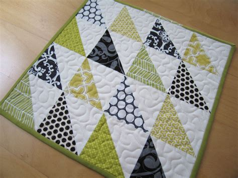 Easy Patchwork Patterns - 10 easy quilt tutorials for sew sew