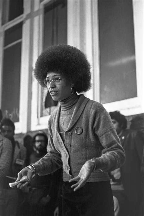 angela davis marxist feminism the british black panthers photo gallery