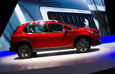 peugeot compact car updated peugeot 2008 compact cuv wears the family s