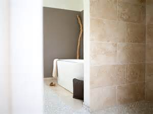 naturstein badezimmer fliesen travertin fliesen medium verlegt im badezimmer