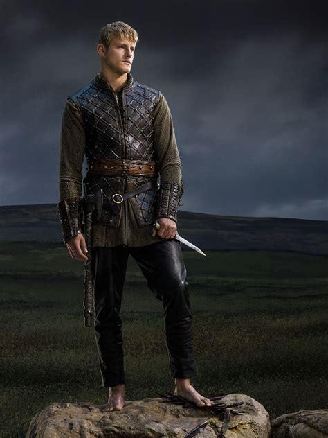 bjorn lothbrok viking season 2 bjorn lothbrok pinterest tv series vikings on pinterest lagertha vikings and