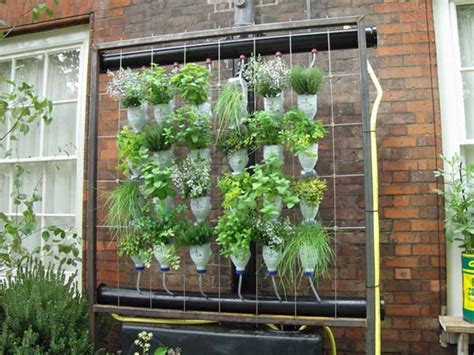 Plastic Bottle Vertical Garden 40 Diy Decorating Ideas With Recycled Plastic Bottles