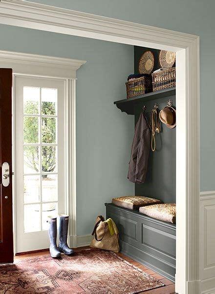 paint colors for entrance hallway best 25 foyer paint colors ideas on foyer