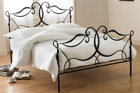 wrought iron bed interior design tip for those lovers of shabby chic