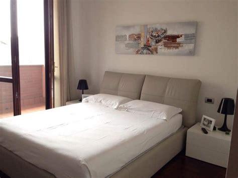 parete da letto colore consiglio colore parete dietro letto
