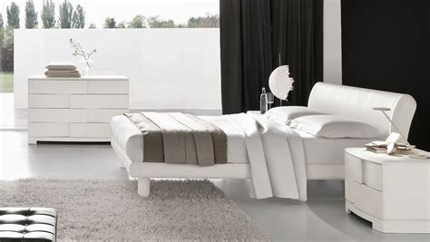 Contemporary White Bedroom Furniture Modern White Bedroom Furniture Sets Raya Furniture