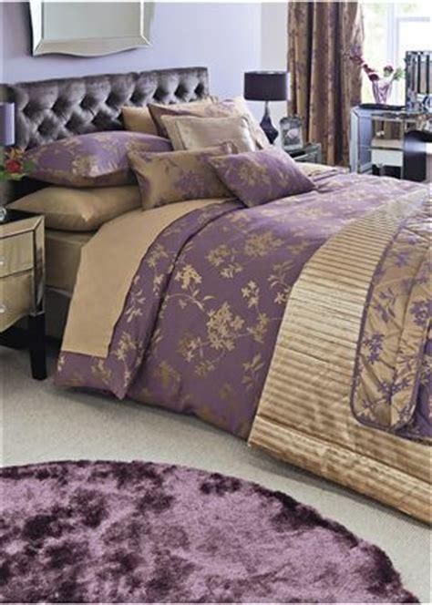 buy plum  gold jacquard bed set    uk