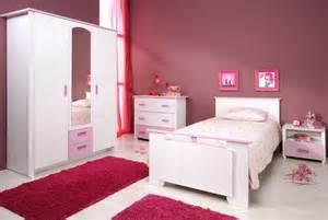 bett mädchen de pumpink wohnzimmer beige rot