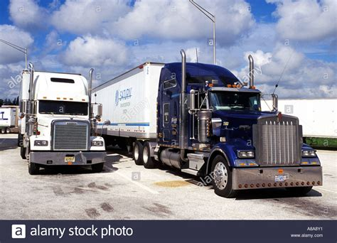 kenworth trucks photos kenworth truck usa stock photo royalty free image