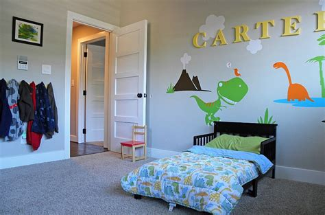 dinosaur themed bedroom enliven your kids bedroom with dinosaur themed wall art