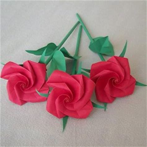 Origami Roses With Stems - handmade origami stem paper fold craft gift