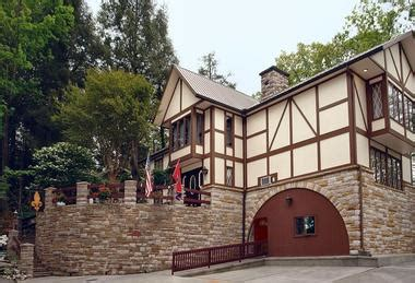 gatlinburg bed and breakfast 25 best smoky mountain getaways