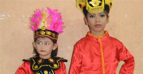 Baju Karnaval Pilot Atau Baju Daerah baju adat karnaval baju adat daerah gorontalo