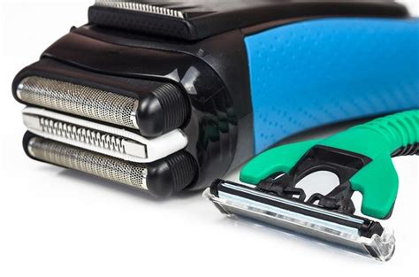 electric shaver is better than a razor for in grown hair electric shaver vs manual razor which one is the better