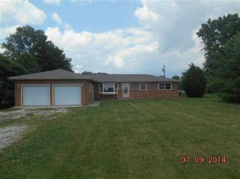 houses for sale shelbyville indiana w 924 walser rd shelbyville in 46176 detailed property