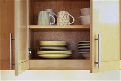 kitchen cabinet cleaning tips 10 quick spring kitchen clean up tips