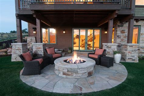 Backyard With Pit by 3 Brilliant Pit Ideas For Your House Midcityeast