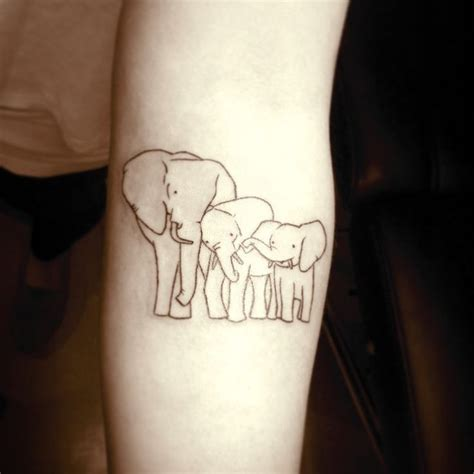 elephant tattoo represent 44 besten elephant family tattoo designs bilder auf