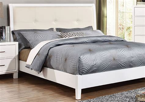 White California King Bed Island Discount Furniture Enrico I White California King Upholstered Platform Bed