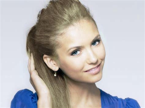 ladies hair stylrs to hide thin hair top 20 stylish ladies hairstyle for thin hair sheideas