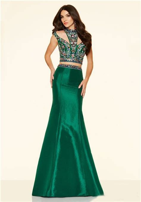 Two Dress Green Import 17 best images about emerald green prom dresses on satin prom dresses and emerald green