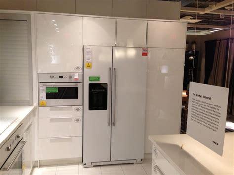 ikea kitchen appliances reviews 75 best white appliances black countertops images on