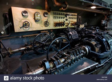 u boat engine engine and propeller room in a u boot u 1 1906 u boat