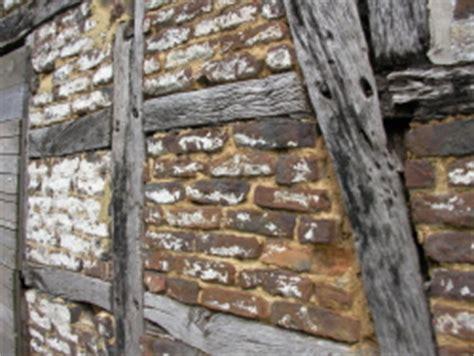 balkontür holz altes fachwerk mit feldbrandstein bauunternehmen