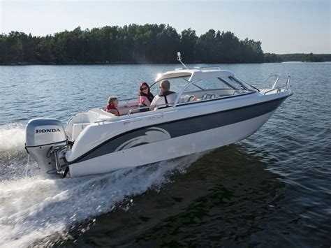 cheap house boats 10 cheap powerboats boats com