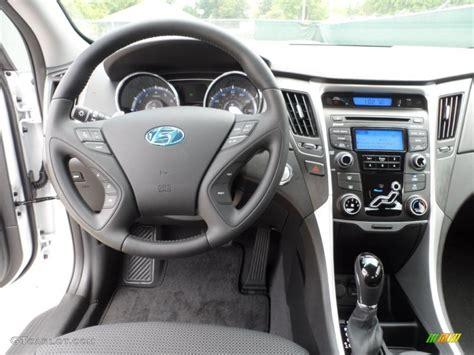 2013 Sonata Interior by 2013 Hyundai Sonata Black Interior Www Imgkid The Image Kid Has It