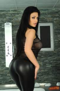 Aletta Ocean has 85 more images | Celebrity Pictures, News and Gossip ... O Block Gang Sign