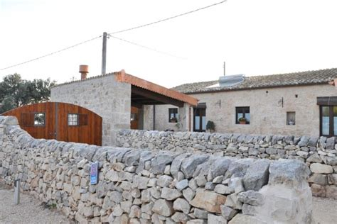 Cottages Sicily by Rental Sicily Italy Apartment Description Camerina