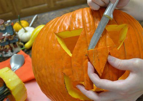 pumpkin carving  halloween jack  lantern