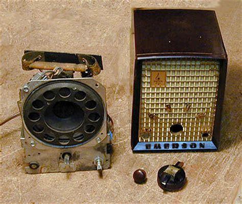 emerson model  plastic radio