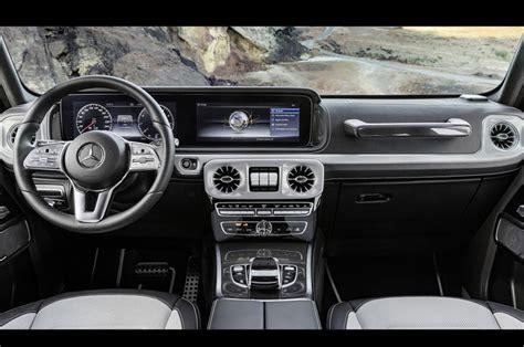 mercedes  class interiors design dashboard touchscreen
