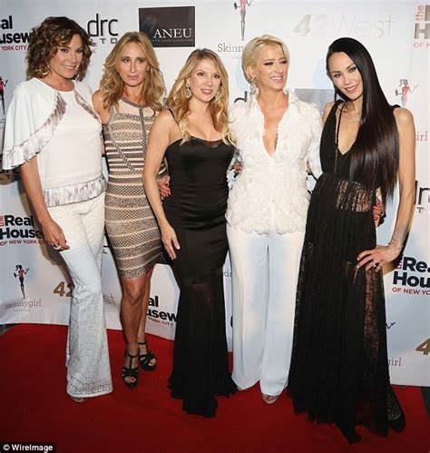 luann de lesseps height and weight rhony s jules wainstein s her weight dropped to 80 pounds