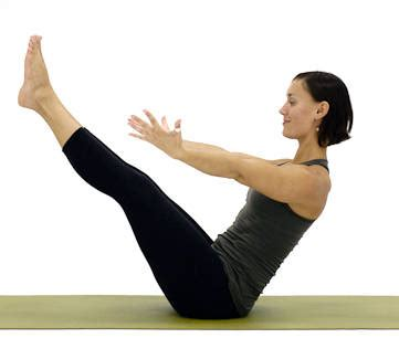 boat pose holding feet 24 fat burning ab exercises no crunches early to rise