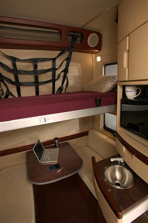 Truck Sleeper Interior by Volvo Semi Truck Sleeper Interiors