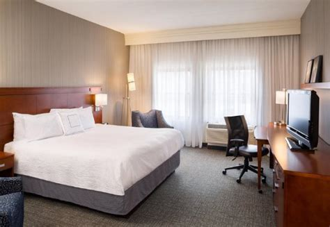 hotel with in room ri courtyard providence downtown updated 2018 hotel reviews price comparison ri tripadvisor