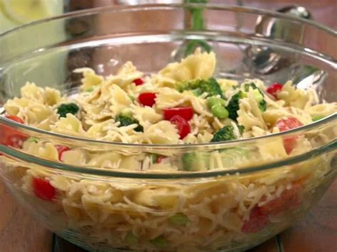 pasta salat bow tie pasta salad recipe jamie deen food network