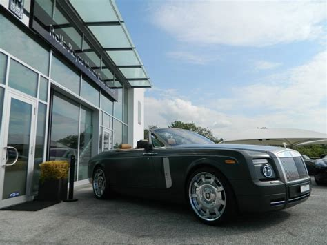 roll royce green matte green rolls royce drophead is fit for a military