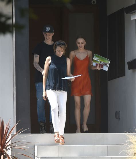 lily house lily rose depp house shopping in los angeles 07 12 2017