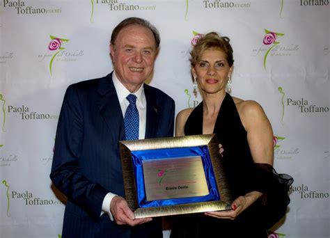 toffano consegna il premio eccellenza 2013 a ennio