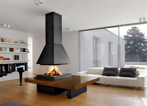 soggiorno moderno con camino idee e design